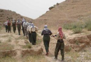 صورة لمقاتلين من جيش رجال الطريقة النقشبندية