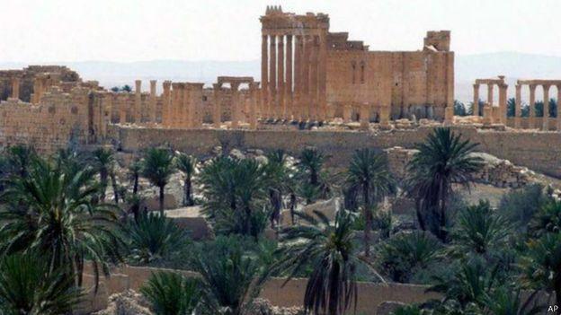 ثمة مخاوف من أن يدمر المسلحون الأثار التي تعود الى نحو 2000 عام، في مدينة تُدمر في سوريا.