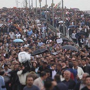 المنتدى الاجتماعي الكردستاني يدعم بالكامل احتجاجات المعلمين والموظفين العموميين