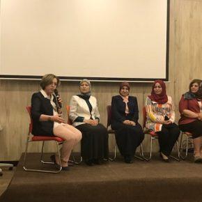 مناظرة حول قضايا المرأة في البرامج الانتخابية