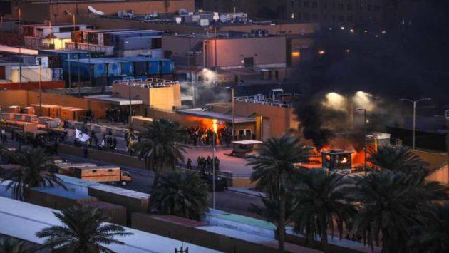 قتلت صواريخ الميليشيات خمسة مدنيين في العاصمة العراقية بينما تدرس الولايات المتحدة انسحاب سفارتها