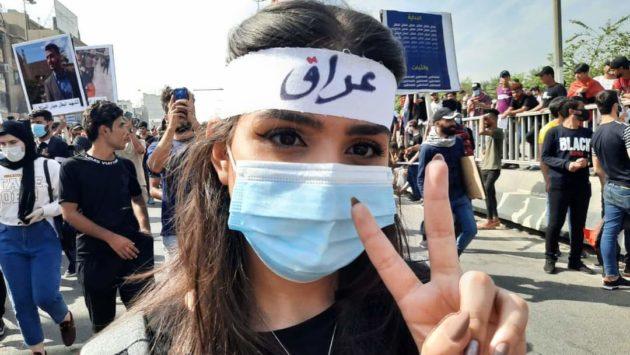 في ذكرى الاولى لانتفاضة اكتوبر، آلاف المتظاهرين في الساحات من جديد